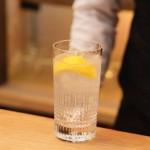 広島県産レモンを使った瀬戸内レモン酎ボール(ダルマレトロのアレンジメニュー)