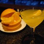はっさくロックス 広島市のバーが作る、オリジナルカクテル「はっさくのマティーニ」