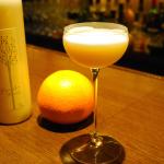 はっさくロックス 広島市のバーが作る、オリジナルカクテル「はっさくミルキーロード」